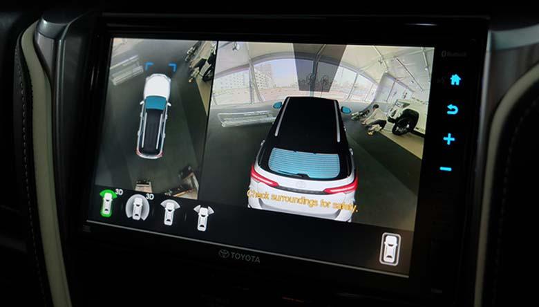 Bộ đôi sản phẩm Cam 360 DCT và màn hình Gotech được lắp đặt trên chiếc xe Fortuner Legender để thay thế cho màn và cam theo xe đã nâng tầm chiếc xe lên một tầm cao mới. Nâng cấp các tính năng giải trí và hỗ trợ lái xe an toàn cho mọi chiếc xe.