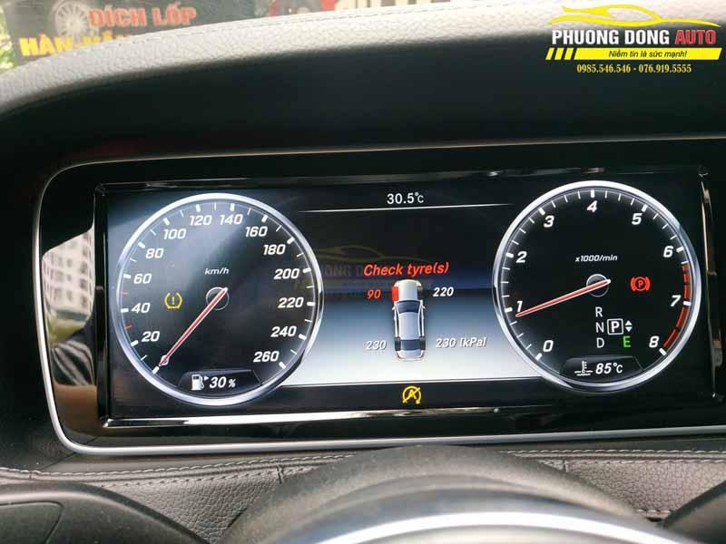 Cảm biến áp suất lốp Mercedes